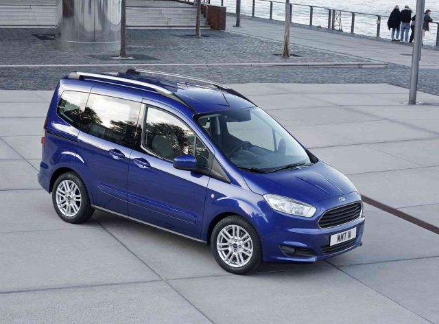 2015 ford tourneo courier. Black Bedroom Furniture Sets. Home Design Ideas