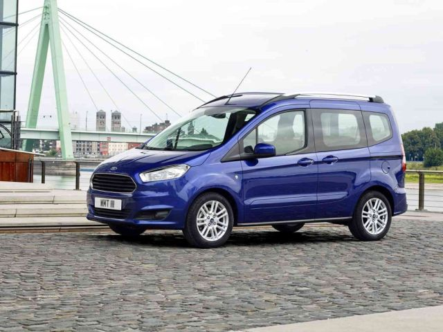2015_FORD_TOURNEO_COURIER_pic-4