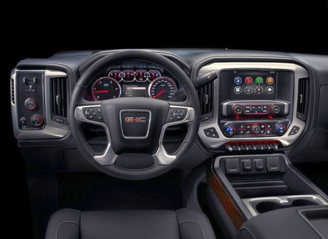 2015_GMC_SIERRA_HD_4x4_pick-up_dashboard_pic-8