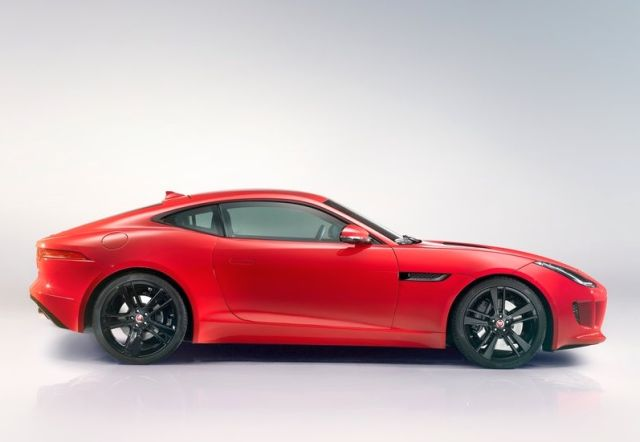 2015_JAGUAR_F-TYPE_COUPE_profile_pic-1