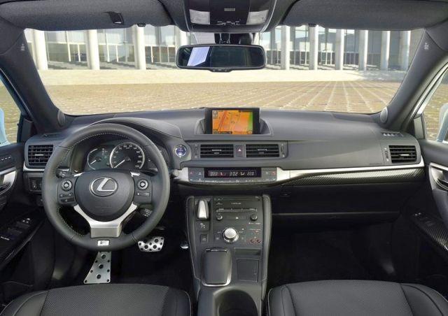 2015_LEXUS_steeringwheel_pic-14