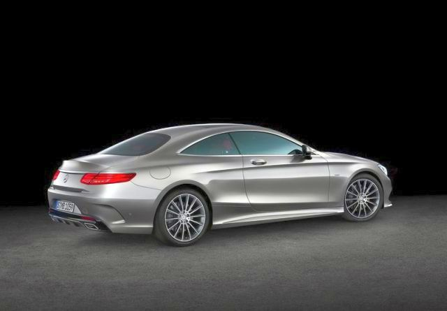 2015_MERCEDES_S_CLASS_COUPE_rear_pic-12