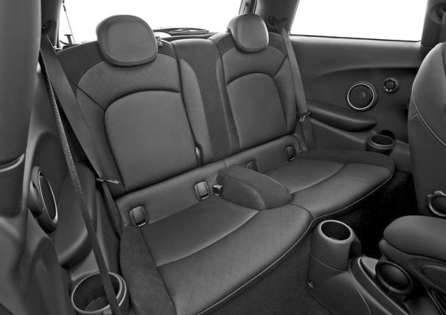 2015_MINI_COOPER_S_rear_seats_pic-13