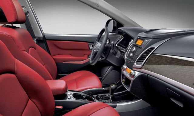 2015_New_SSANGYONG_KORANDO_leather_seats_pic-14