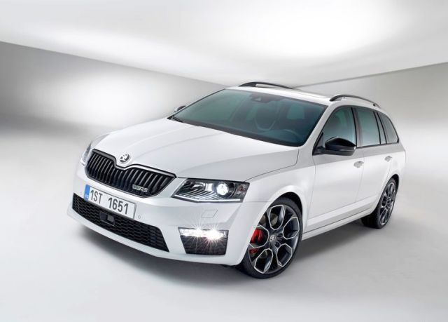 2015 skoda octavia vrs combi oopscars. Black Bedroom Furniture Sets. Home Design Ideas
