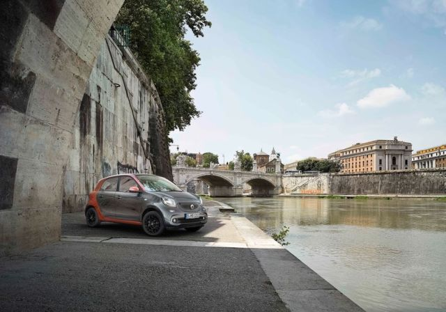 2015_SMART_FORFOUR_pic-12