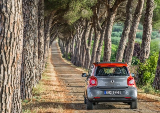 2015_SMART_FORFOUR_pic-8