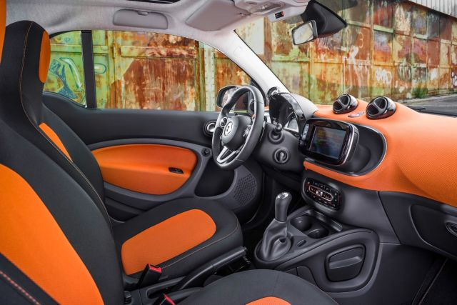 2015_SMART_FORTWO_pic-14