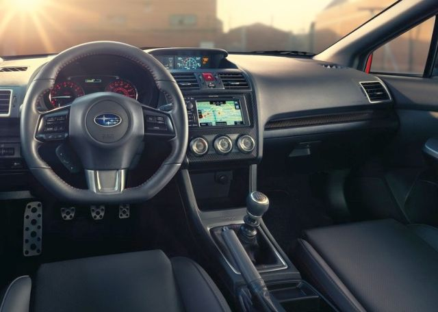 2015_SUBARU_WRX_steering_wheel_pic-9