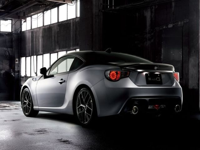 2015_TOYOTA_86_STYLE_CB_pic-3