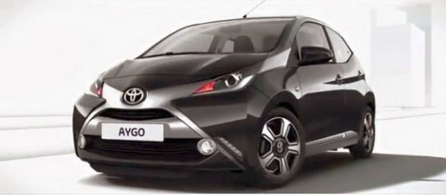 2015_TOYOTA_AYGO_front_pic-2