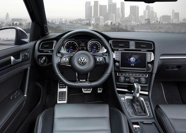 2015 VW GOLF R VARIANT