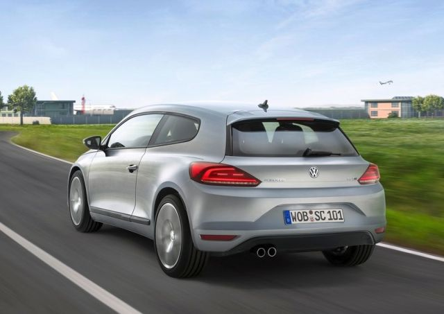 2015_VW_SCIROCCO_rear_pic-4