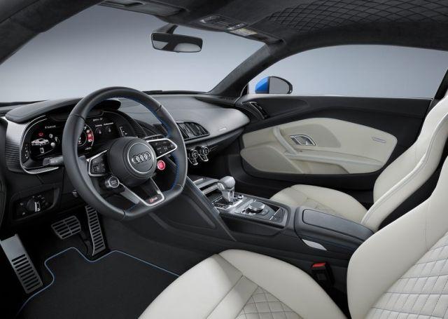 2016 AUDI R8 V10