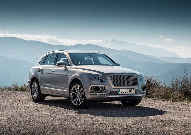 2016_BENTLEY_BENTAYGA_pic-14