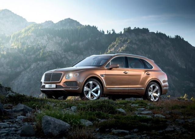 2016_BENTLEY_BENTAYGA_pic-2