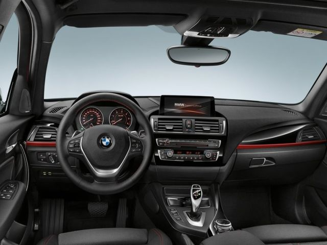 2016_BMW_1_SERIES_pic-10