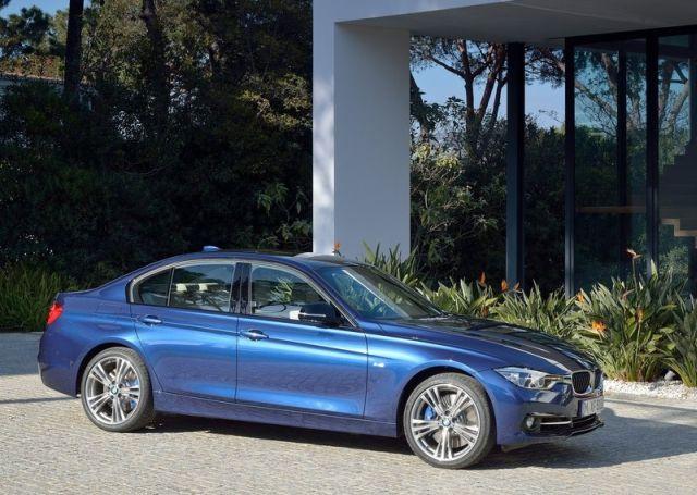 2016_BMW_3_SERIES_pic-5