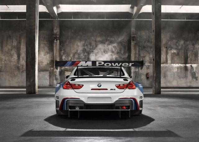 2016_BMW_M6_GT3_pic-6
