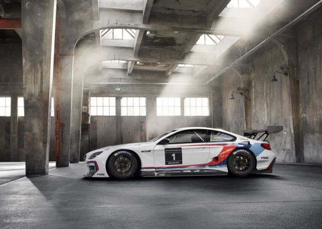 2016_BMW_M6_GT3_pic-7