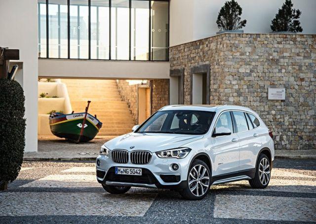 2016_BMW_X1_pic-2