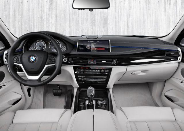 2016_BMW_X5_xDrive40e_pic-7