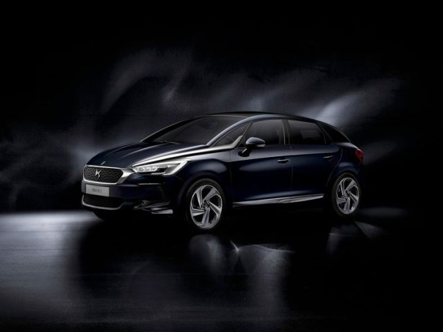 2016_CITROEN_DS5_pic-1