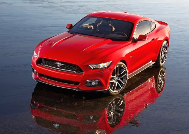 2016_FORD_MUSTANG_GT_front_pic_3