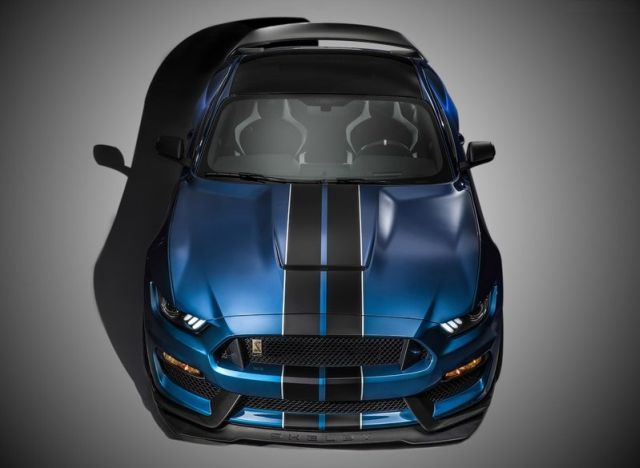 2016_FORD_MUSTANG_SHELBY-GT350R_pic-4