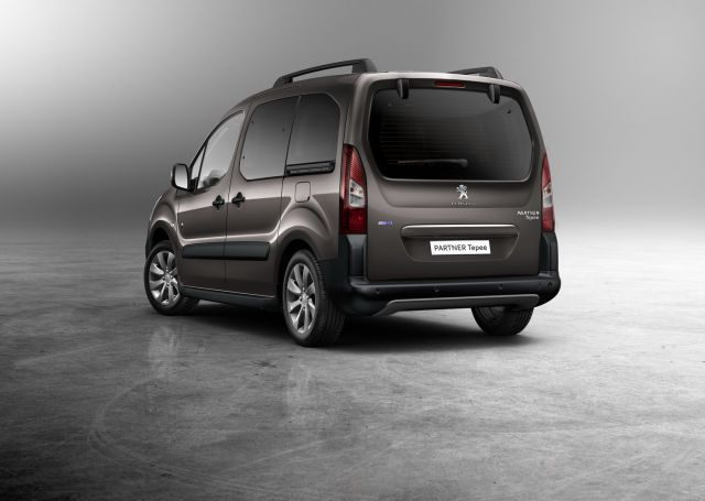 2016_PEUGEOT PARTNER_TEPE_Outdoor_pic-2