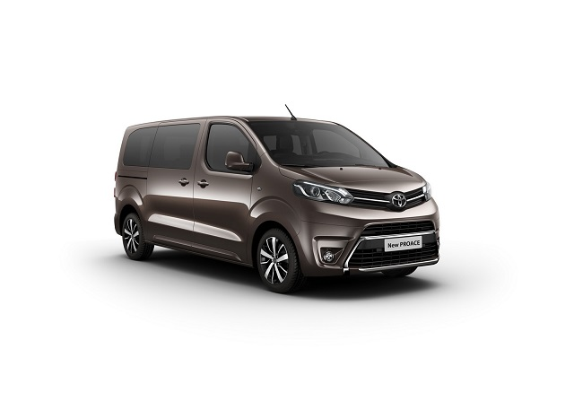New TOYOTA PROACE |Oopscars