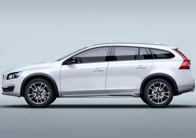 2016_VOLVO_CROSS_COUNTRY_pic-2