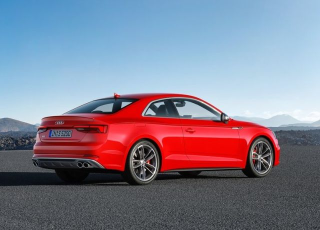 2017_AUDI_S5_COUPE_pic-3