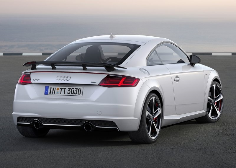 2017_audi_tt_s_line_competition_pic-2
