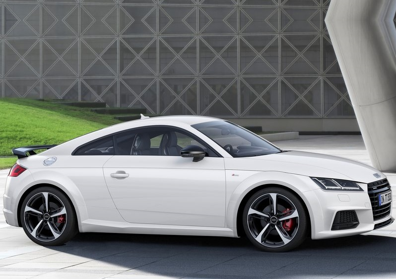 2017_audi_tt_s_line_competition_pic-3