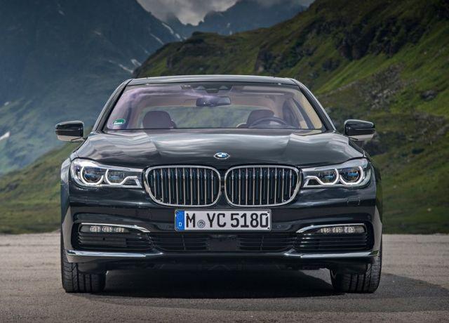 2017_BMW_740LE_XDRIVE_pic-3