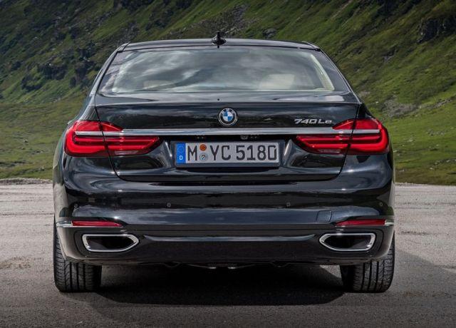 2017_BMW_740LE_XDRIVE_pic-4