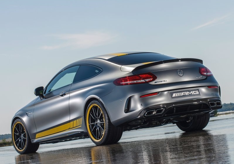 2017_c63_amg_coupe_pic-2