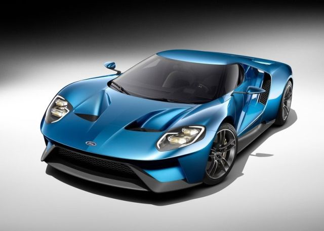 2017_FORD_GT_pic-1