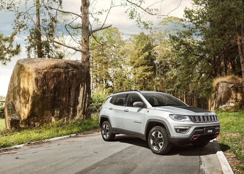 2017_jeep_compass_pic-10