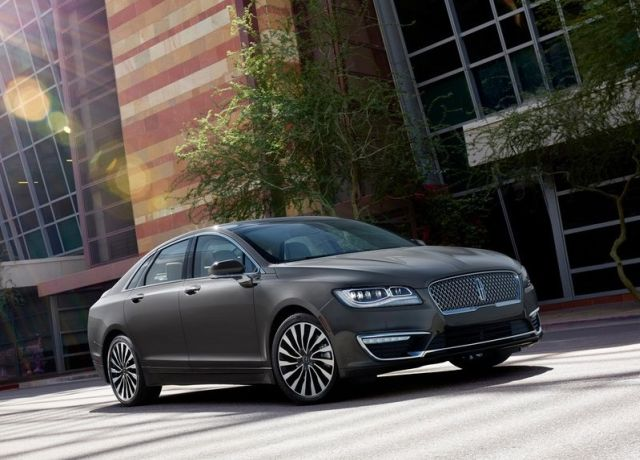 2017_LINCOLN_MKZ_pic-5