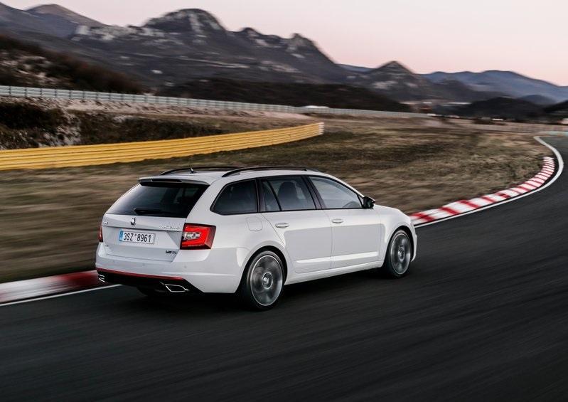 NEW SKODA OCTAVIA RS