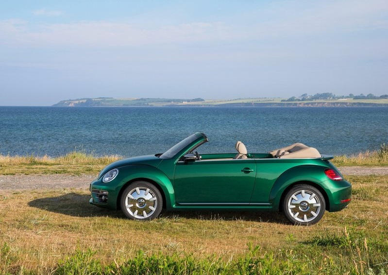 2017_vw_beetle_cabrio_pic-5