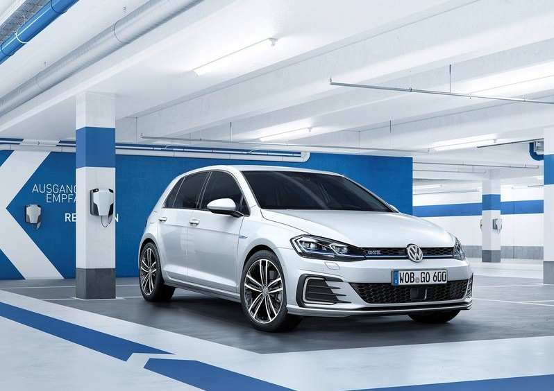 2017 VW GOLF Restyle