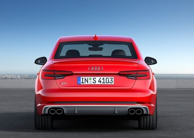 2018 AUDI S4-oopscars