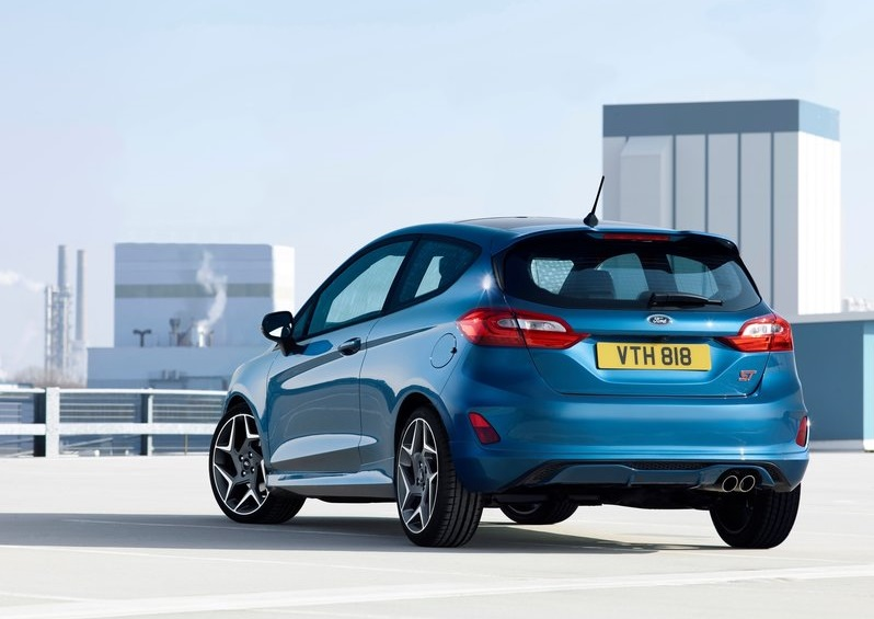 New FORD FIESTA ST
