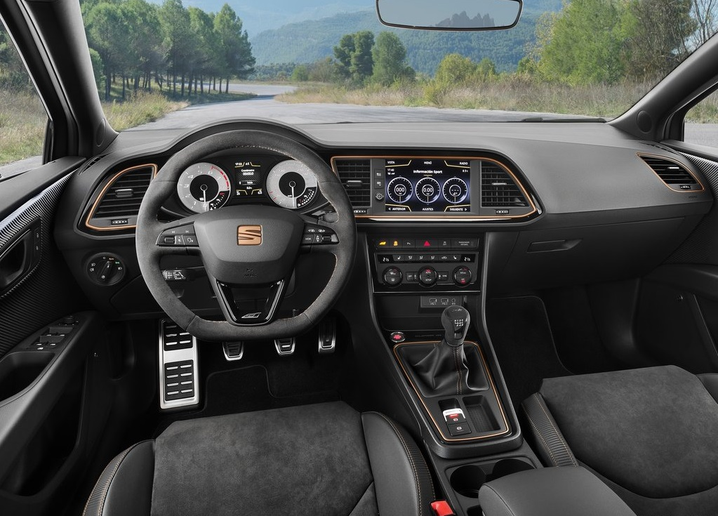 2018 SEAT LEON CUPRA R-oopscars