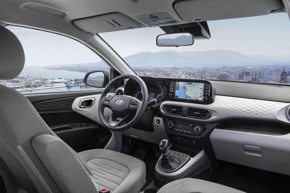 2020 Hyundai i10'da yan ve perde havayastıkları sadeceElite donanım paketinde standart. 2020 Hyundai i10 Fiyat