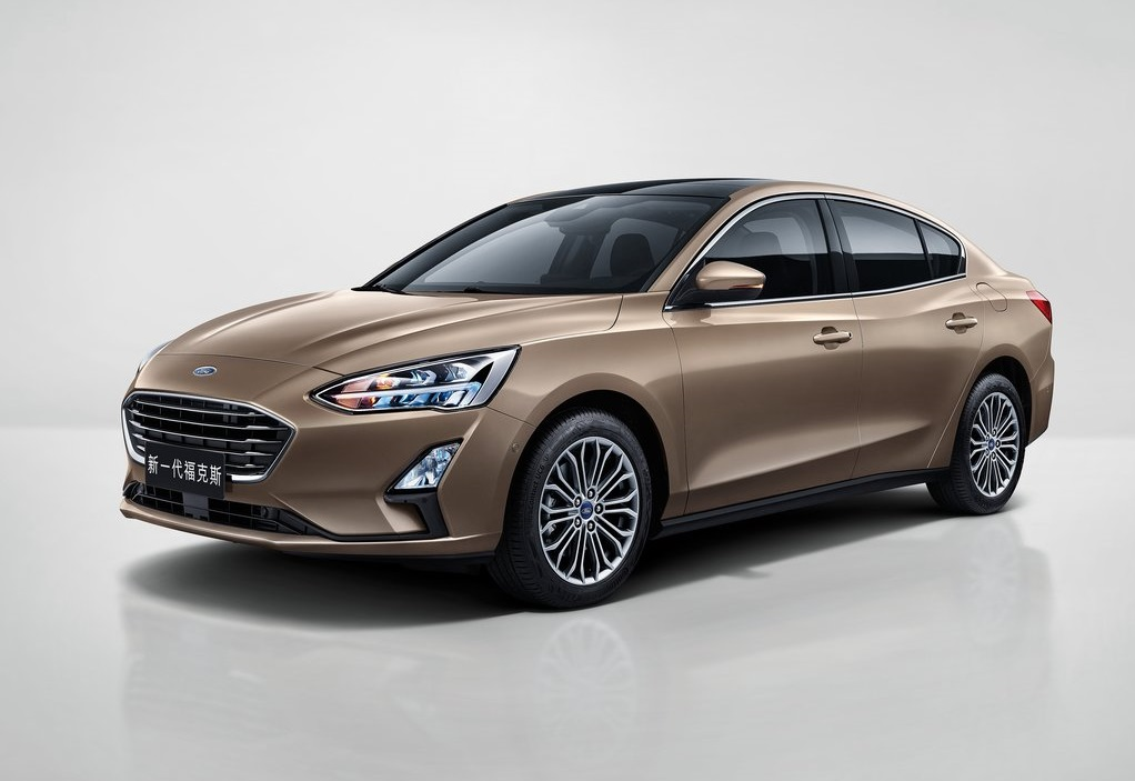 2019 FORD FOCUS-oopscars