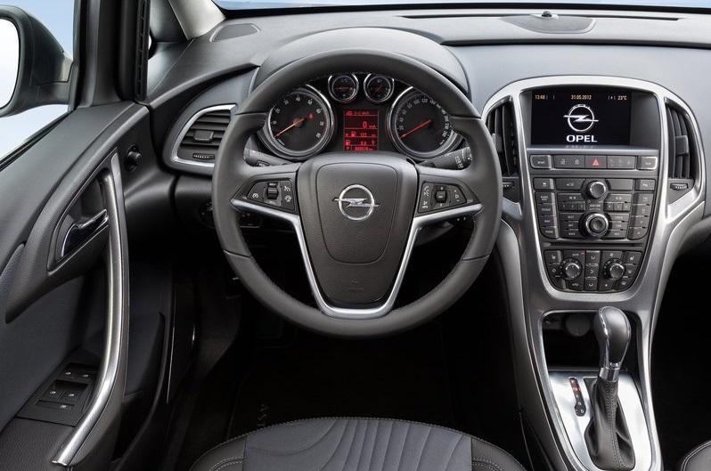 2020 Haziran Opel Astra Sedan